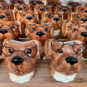 POT – BROWN DOG WITH GLASSES